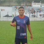 Jogador morre em campo durante jogo do Intermunicipal baiano